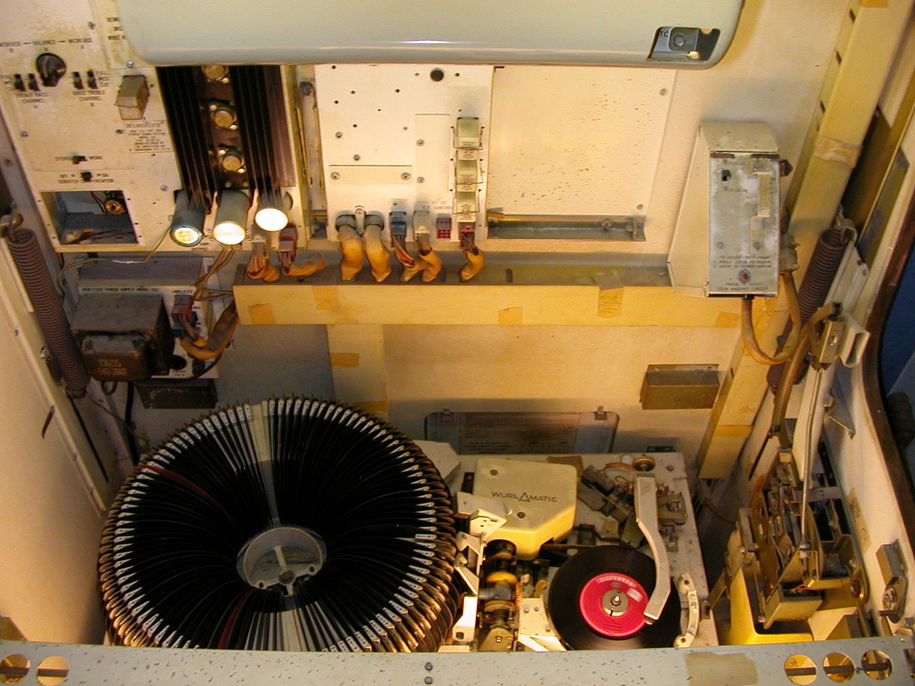 Quality Jukebox repair on both vintage and modern units